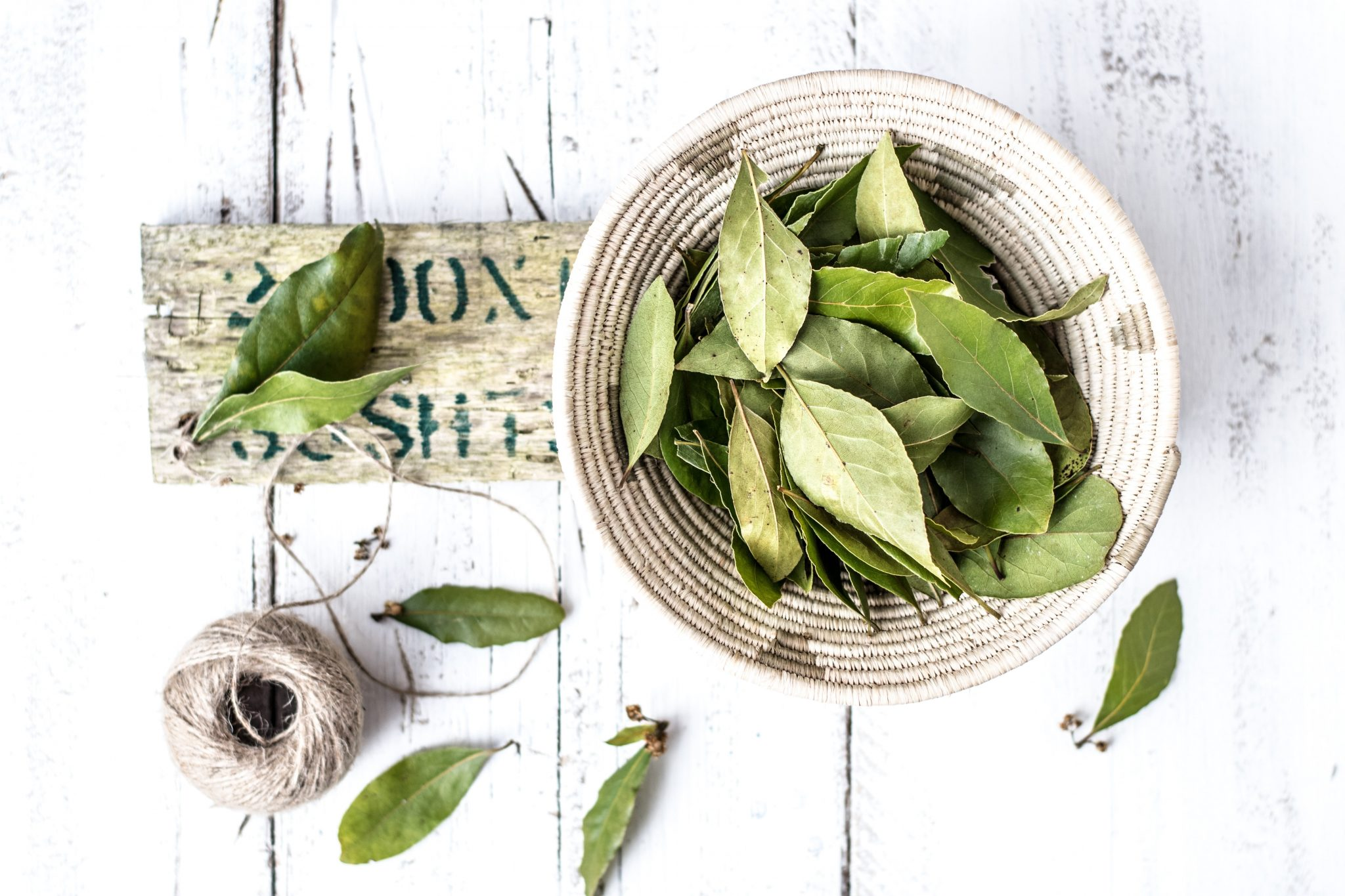 What do Bay Leaves do
