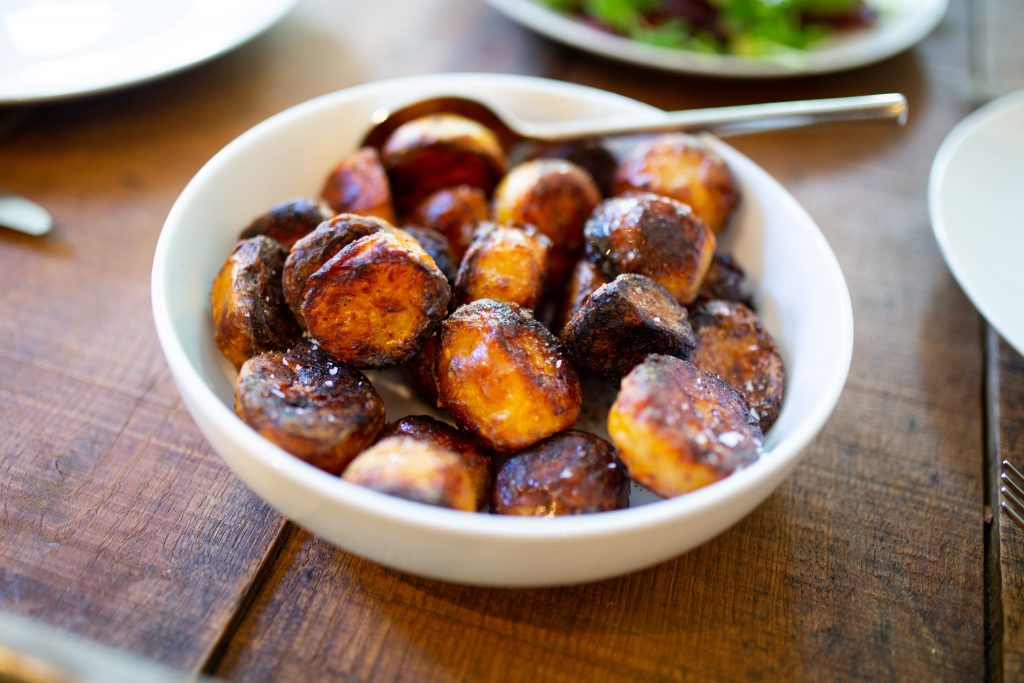 how to reheat roast potatoes