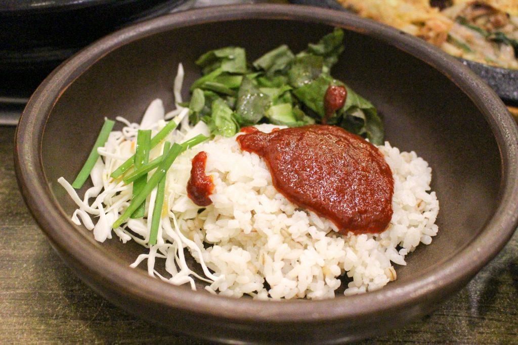 bibimbap with gochujang