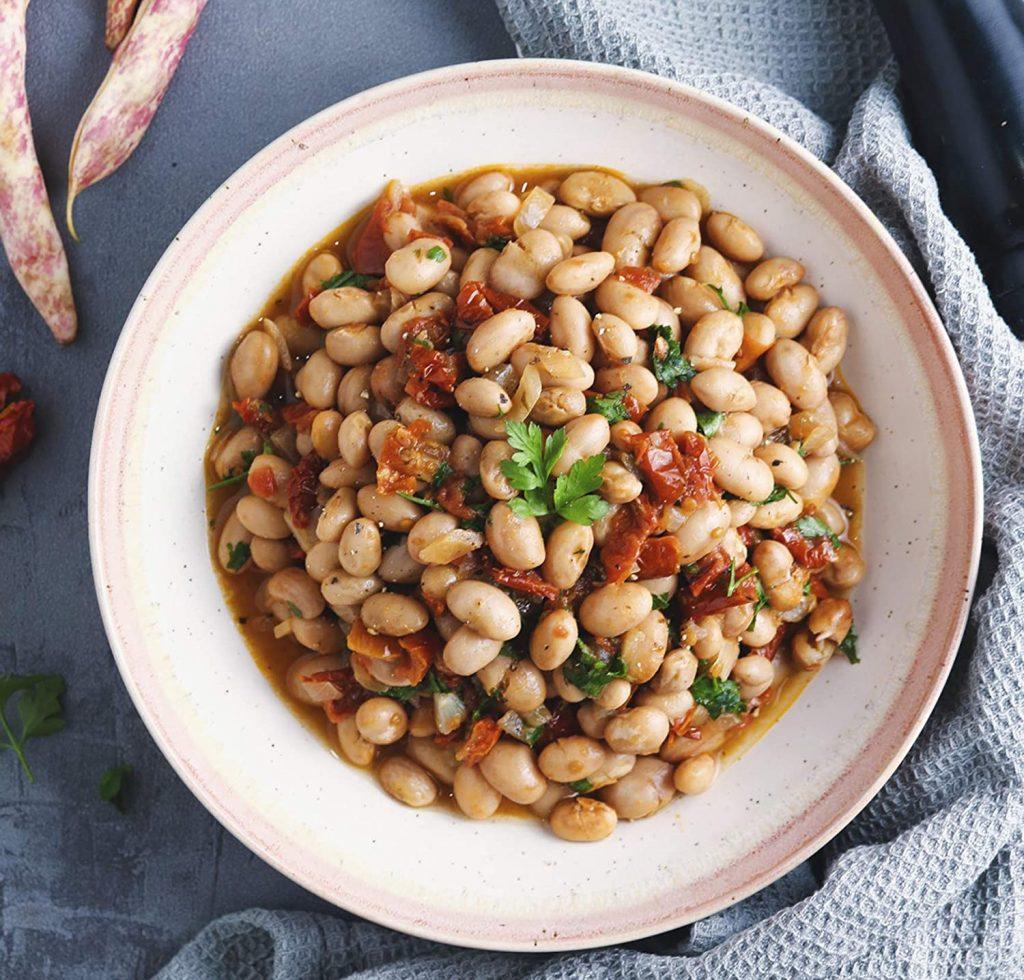 cooked bortolli beans